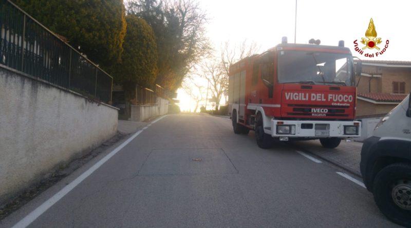 Vigili del Fuoco - Varano, fuga gas