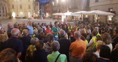 """Le porte di Ascoli hanno affascinato 125 persone Prosegue con successo """"Salute in cammino Ascoli"""""""
