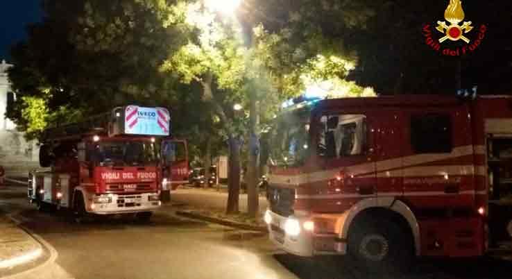 Incendio in una cucina di Ancona