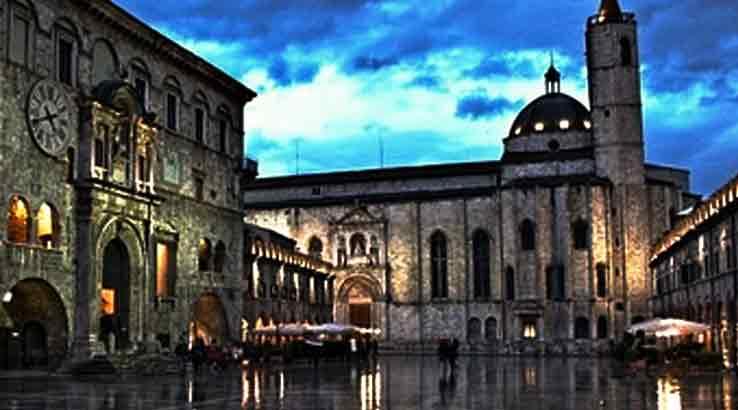 """Ascoli Piceno, """"Adotta un monumento, una aiuola, una area verde, una rua""""."""