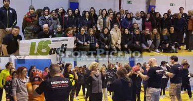 Successo di partecipanti per il corso gratuito di autodifesa per donne