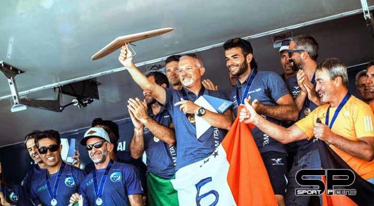 Azzurri incontenibili: decimo titolo mondiale per l'Italia in deltaplano