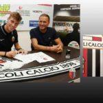 Davide Di Francesco ha firmato il primo contratto da professionista.
