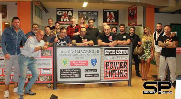 Ascoli, Inaugurata la nuova sala Powerlifting 'Gino Mazzocchi' nella sala pesi della palestra Yuki Club