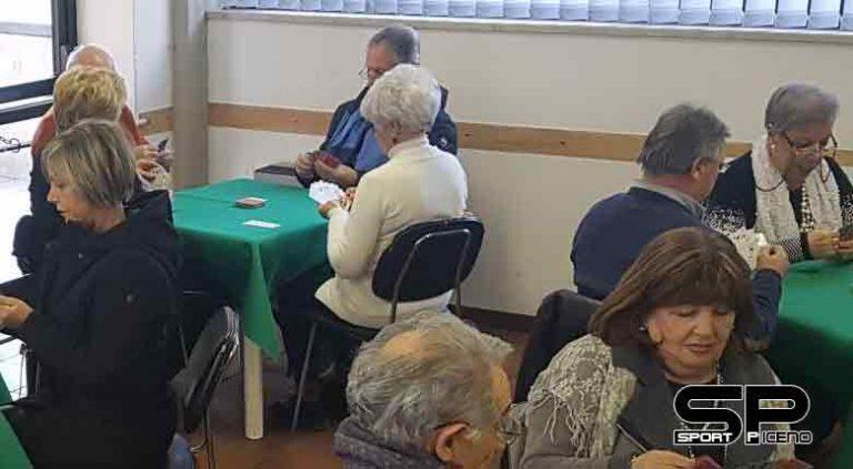 Claudia Sfratato e Tito Giovannini vincono la settima tappa del  Campionato provinciale singolo di burraco