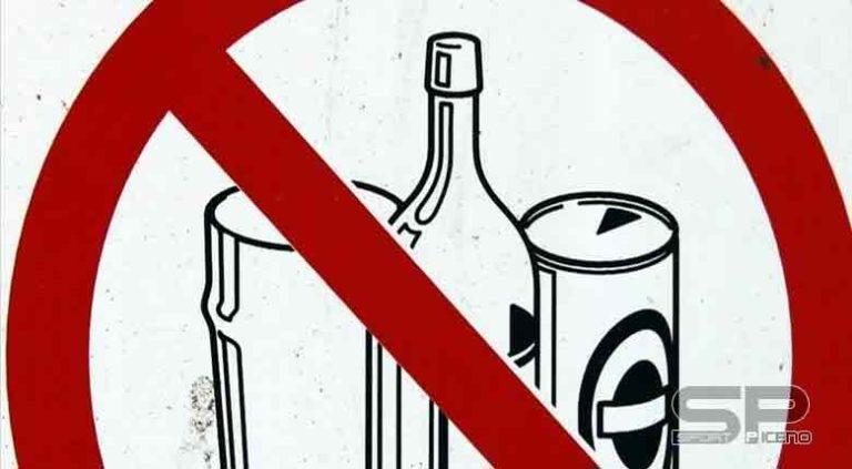 """Divieto di vendita e somministrazione di bevande in bottiglie di vetro e lattine durante lo svolgimento della manifestazione """"Capodanno in piazza"""""""