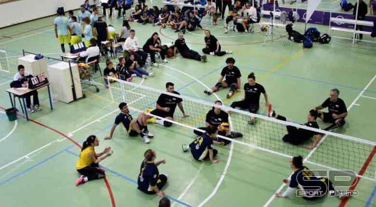 LA CARICA DEI 150 Fermo capitale del Sitting Volley. 12 formazioni si contendono il Torneo della Befana