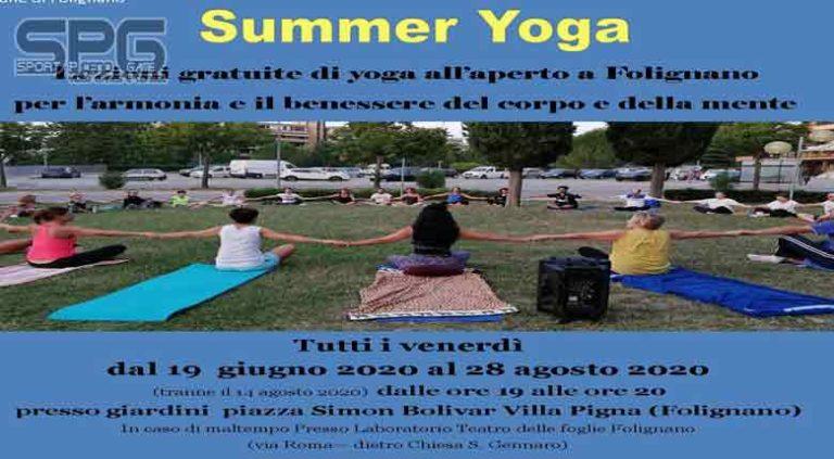 """Al via la terza edizione di """"Summer Yoga"""" Dal 19 giugno lezioni gratuite in Piazza Bolivar a Villa Pigna (Folignano)"""