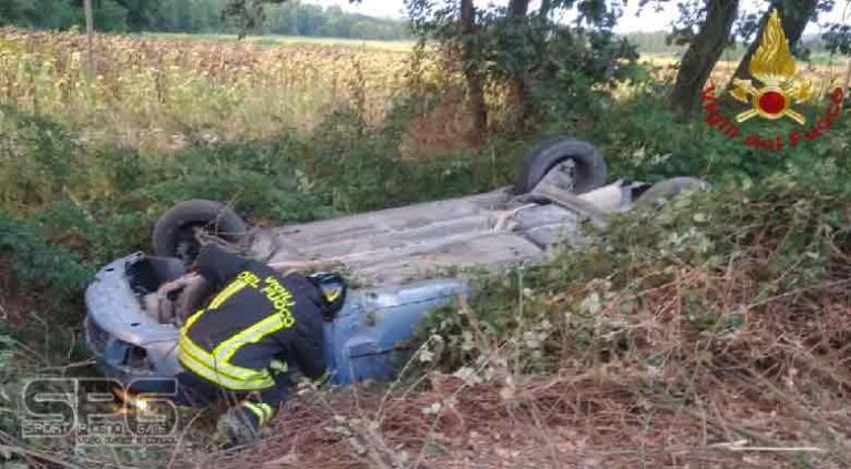 Vigili del fuoco – Trecastelli, incidente stradale